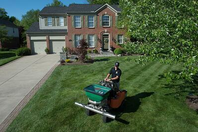 Nice lawn in Dayton, OH getting lawn care application