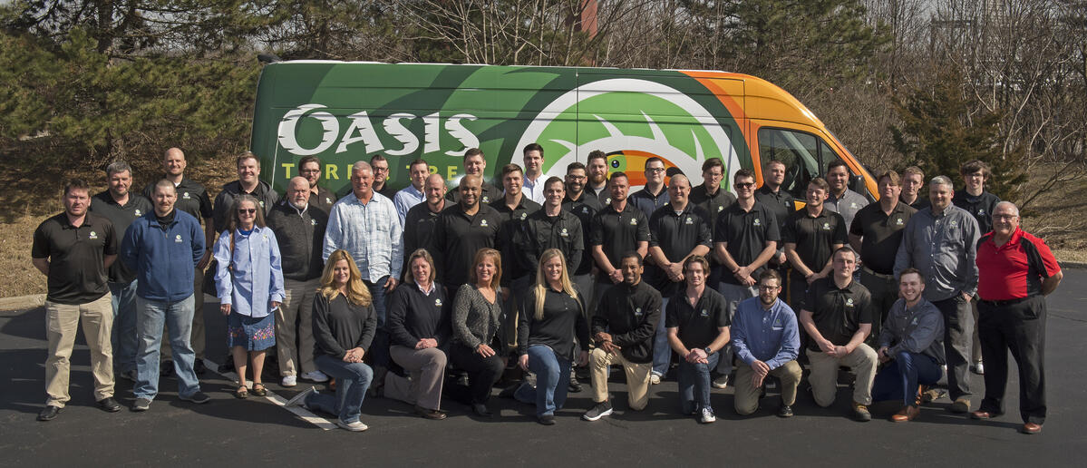 landscape professional team at oasis tree and turf